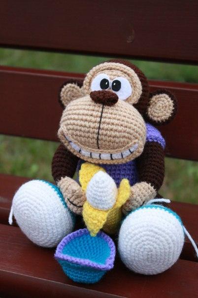 Вяжем крючком обезьянку &#39
