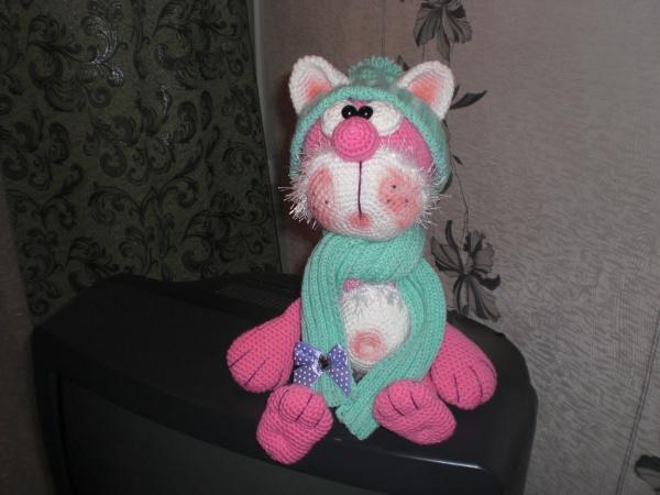 Вяжем игрушку Рождественский кот крючком