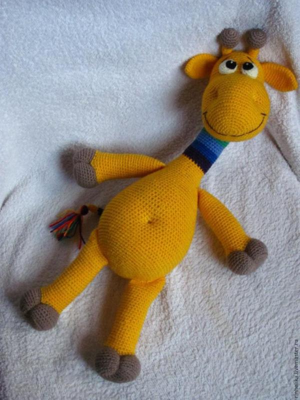 Мастер-класс: Радужный жираф крючком