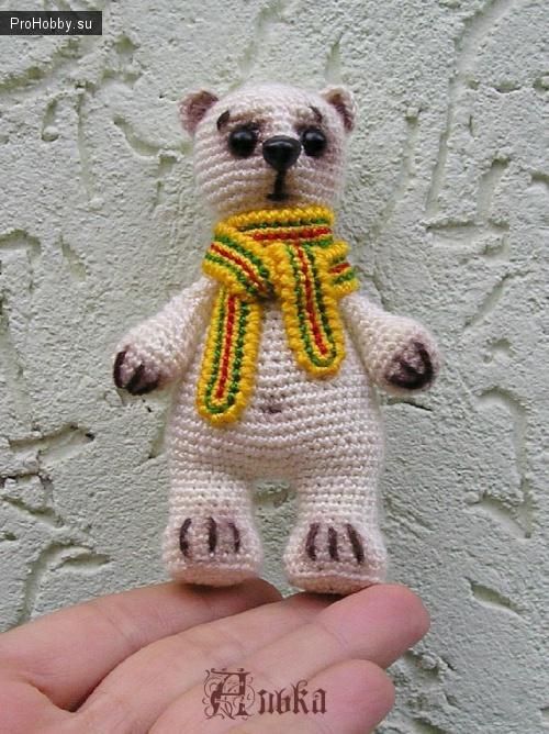 Вяжем медвежонка крючком своими руками