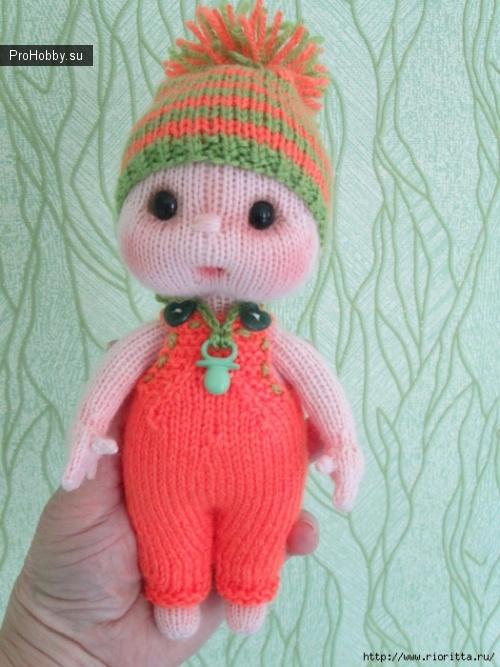 Вязаная куколка - малышка