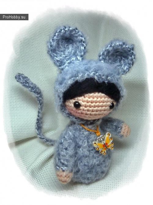 Девочки в костюмчиках крючком (лисичка, мишка, мышка, зая и цыпа)