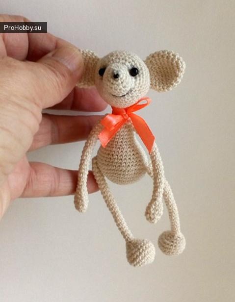 Мышонок амигуруми крючком