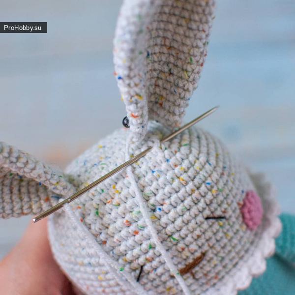 Зайчик амигуруми для малышей