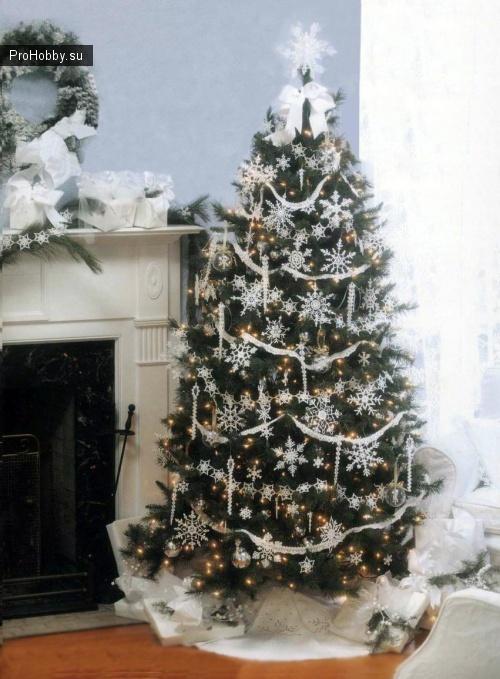 Вязаные снежинки на елку